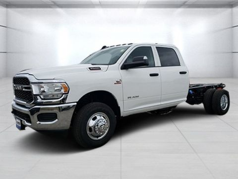 New 2020 RAM 3500 Chassis Cab Tradesman 4x4 Crew Cab